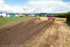IMM 2019 Bristol - Classic Car Road Trip, IMM 2019 Bristol: After heavy rainfall and a severe storm, the sand roads on the campsite turned into a mud bath. The...