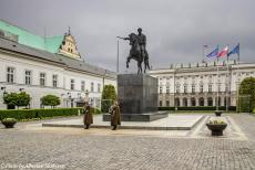 Lithuania 2015 - Classic Car Road Trip from the Netherlands to Lithuania: Warsaw, the Presidential Palace and the statue of the Polish General Prince...
