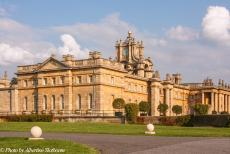 Longbridge IMM - Classic Car Road Trip: On our six-day road trip through England, we visited Blenheim Palace, a large and monumental building, situated in...